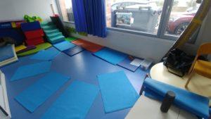 Cours de yoga enfants en crèche sur Lille